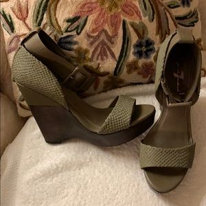 7 for all mankind leather wedges.